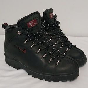 Nike Air ACG Trail Compound Black Boots Size 8